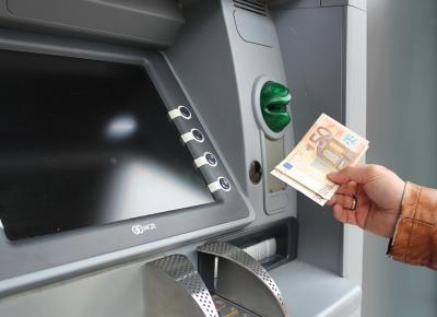 Firmenkonto Geld abheben einzahlen